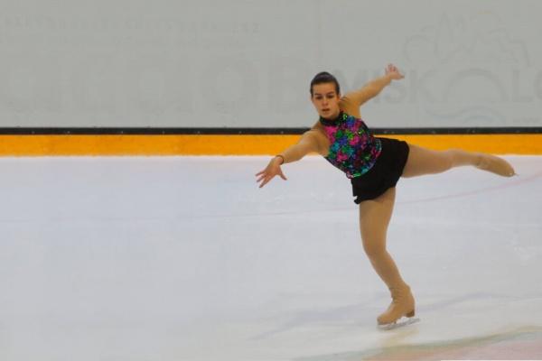 KEV Vivien Eiskunstlauf